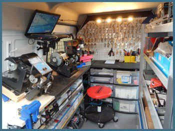 Safe Key Shop Hamden, CT 203-433-3297